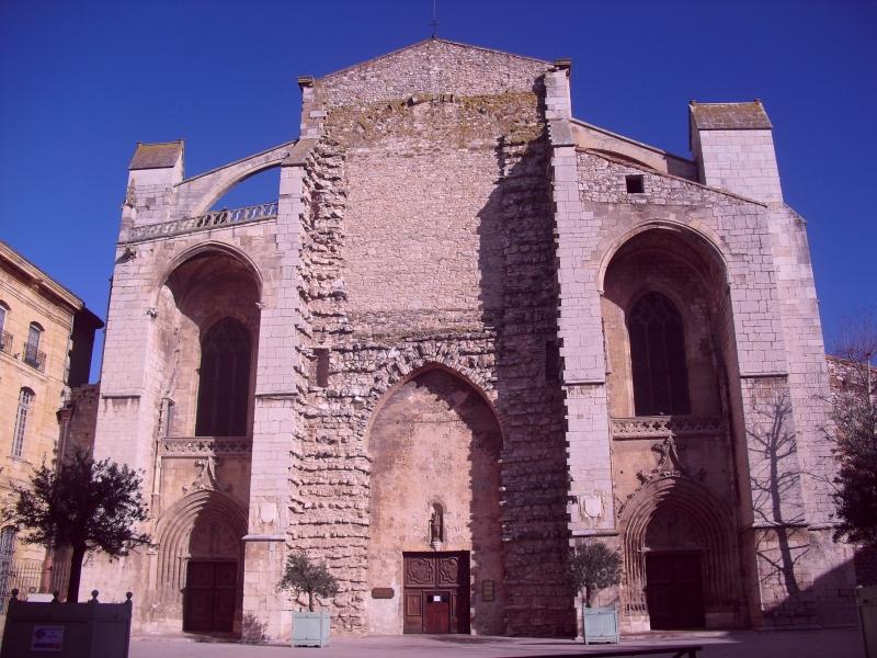 Basilique Ste Marie Madeleine  83470